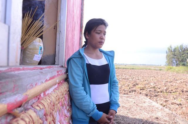 Người mẹ vẫn chưa thể nào quên được hình ảnh đứa con gái 13 tuổi phải tự tử vì bị xâm hại.