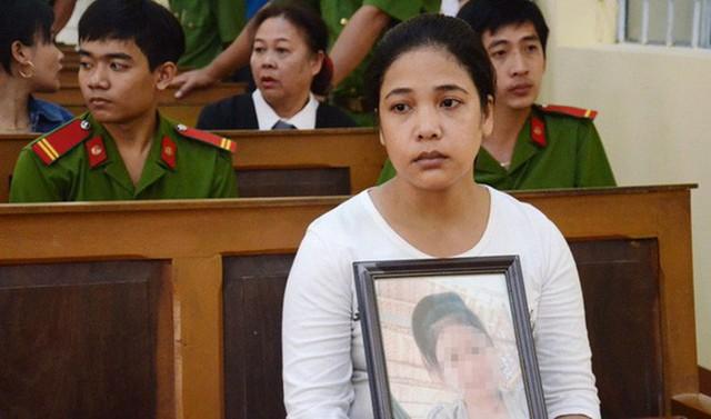 Hành trình đòi lại công bằng cho con gái của chị Lợi trải qua rất nhiều vất vả.