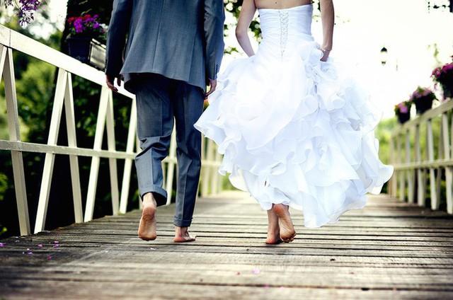 Hôn nhân có thể không phải là nấm mồ của tình yêu, thế nhưng nhà chồng thì có đấy!