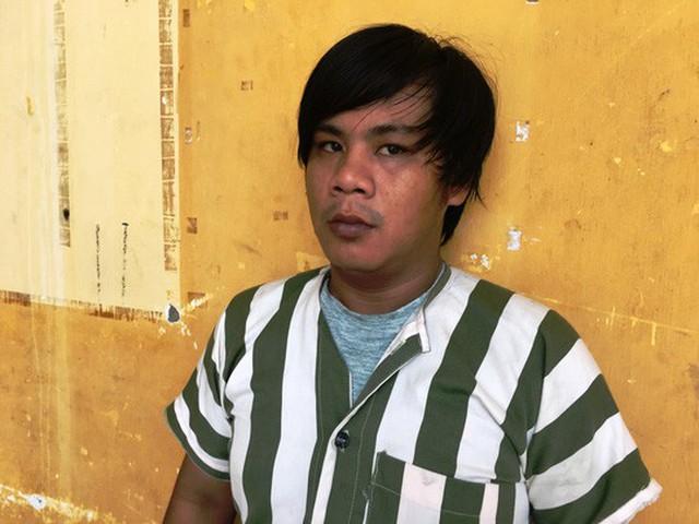 Nguyễn Thành Long tại trụ sở công an