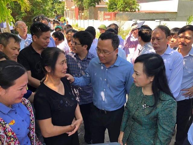 Nạn nhân vụ tàu khách đâm xe tải chở đá ở Thanh Hoá kể lại khoảnh khắc kinh hoàng