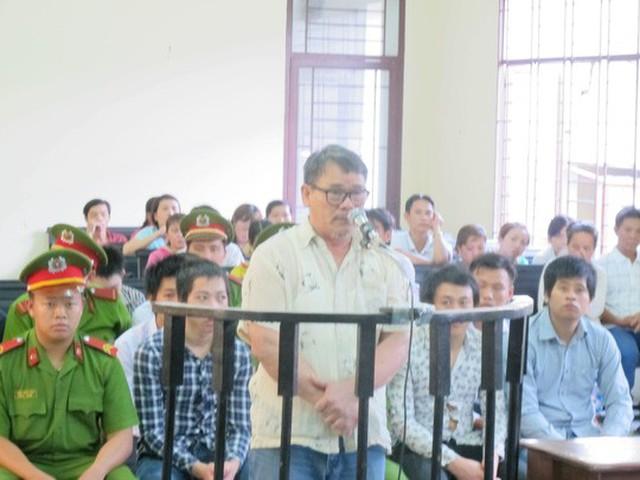 Ông Sỳ Vĩnh Sáng tại TAND quận Bình Tân trong phiên sơ thẩm