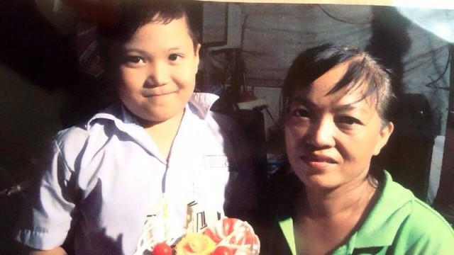 Bé trai 8 tuổi ở Sài Gòn mất tích 'bí ẩn' khi đi chơi cùng mẹ tại công viên
