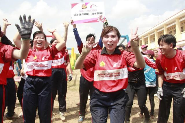 Cầu Dr Thanh – Xẻo Sành mà Tân Hiệp Phát trao tặng là niềm mơ ước suốt bao năm qua của người dân Phương Bình.