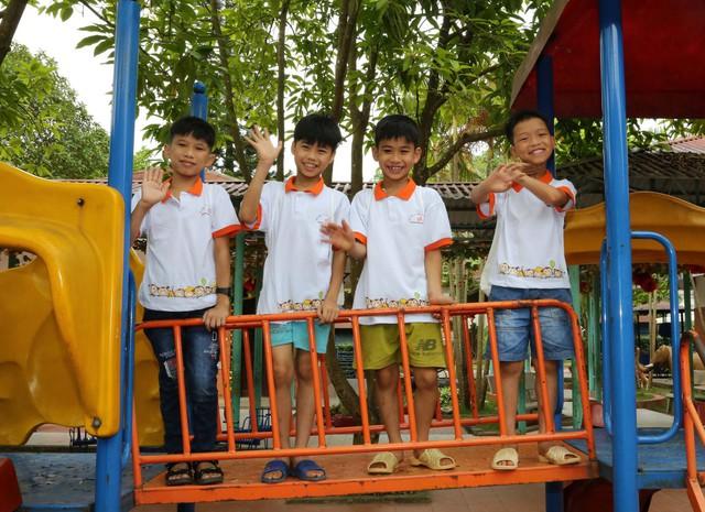 Nụ cười rạng rỡ của các em nhỏ tại làng trẻ em SOS Việt Trì, Phú Thọ. Ảnh:B.LOAN