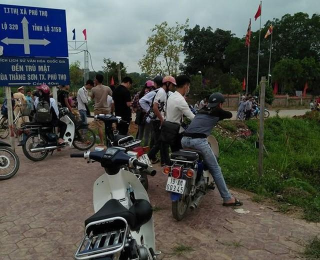 Sự việc xảy ra gần đền Trù Mật, TX Phú Thọ. Ảnh: M.Q.