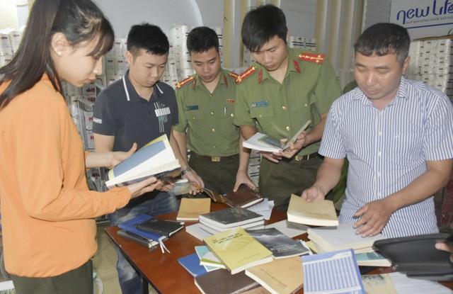 Công an tỉnh Thanh Hóa thu giữ nhiều tài liệu liên quan đếm việc truyền đạo trái phép của Hội thánh Đức Chúa Trời