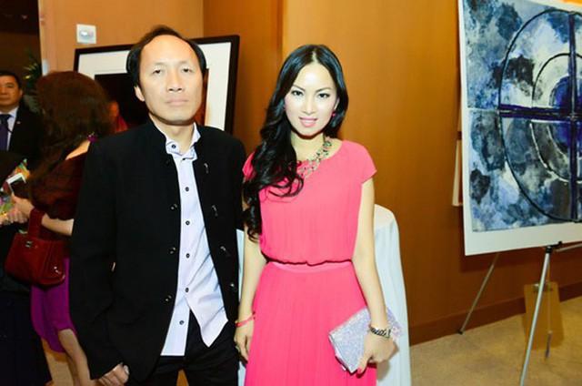 Minh Tuyết tiết lộ, vợ chồng chị gái anh rể Hà Phương- Chính Chu giàu có nhưng mọi người trong gia đình đều tự lập, không dựa dẫm.