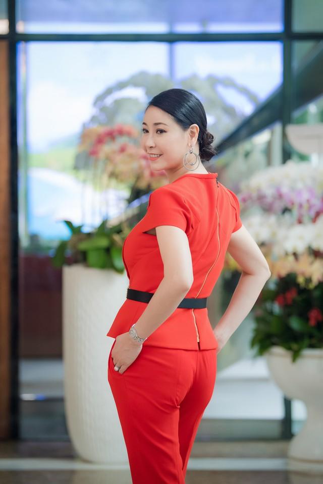 Hà Kiều Anh từng đăng quang ngôi vị Hoa hậu năm 16 tuổi