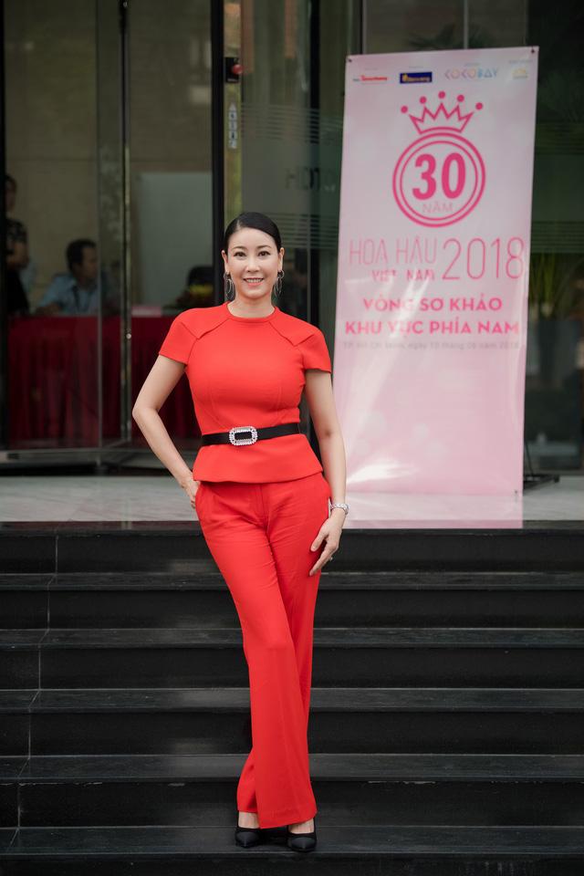 Năm nay, cô là một trong ba giám khảo Hoa hậu Việt Nam