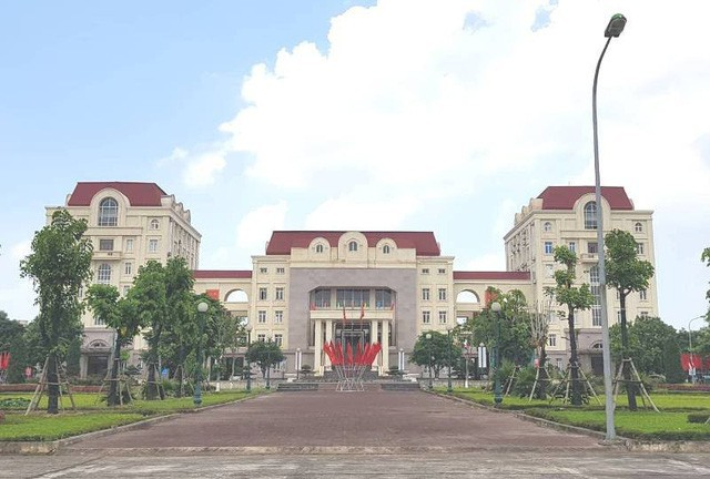 UBND huyện Mê Linh rà soát, đôn đốc chủ đầu tư đẩy nhanh các dự án chậm tiến độ.