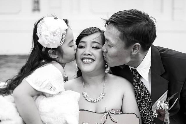Anh Toàn, chị Hạnh và con gái 3,5 tuổi với nụ cười hạnh phúc. (Nguồn ảnh: NVCC)
