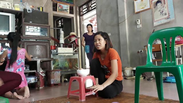 Gia đình bà Đỗ Thị Hậu ở xã Đông Kết (Khoái Châu – Hưng Yên) chưa đóng số tiền 2.800.000 đồng nên vẫn chưa được sử dụng nước sạch. Ảnh: Vi Bình