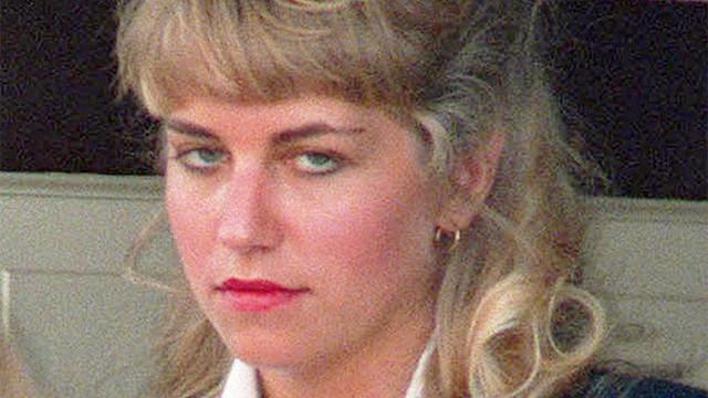 Karla được ra tù nhưng vẫn gây tranh cãi về bản án.
