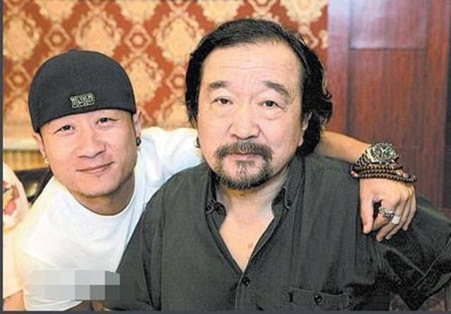 Lý Bảo Điền và con trai.