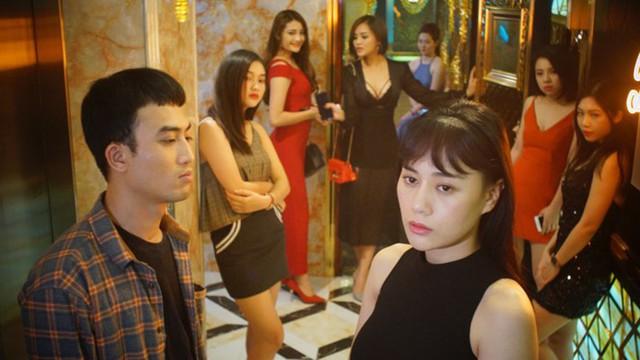 Đảm nhận vai nữ chính trong Quỳnh búp bê, nhưng trước ngày lên sóng, Phương Oanh lại bày tỏ sự bức xúc về đoàn phim.