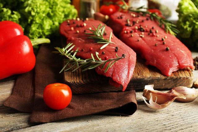 Trên thực tế, cảm giác thèm ăn thịt thường bắt nguồn từ việc thèm thức ăn vặt.