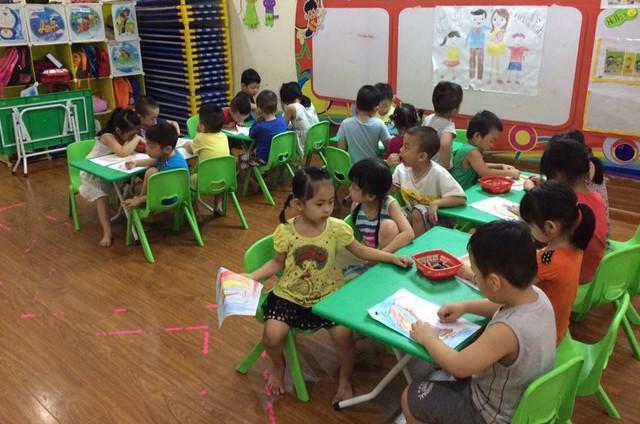 Kỳ tuyển sinh bậc Mầm non năm học 2018-2019 tại Hà Nội nhiều nơi có sự chênh lệch lớn giữa số trẻ thực tế trên địa bàn cao hơn chỉ tiêu được giao. Ảnh minh họa: T.Hằng