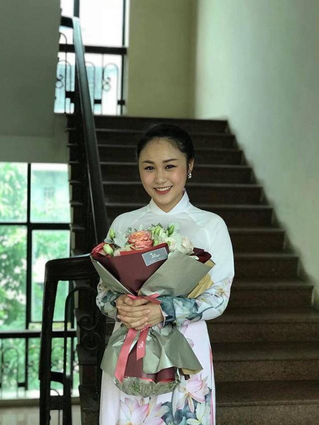 Thiện Thanh đã tốt nghiệp Học viện Âm nhạc quốc gia.