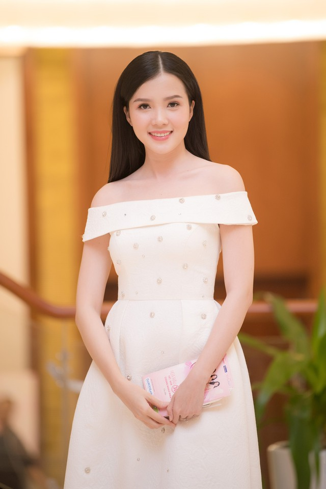 Hoa khôi Huỳnh Thúy Vi
