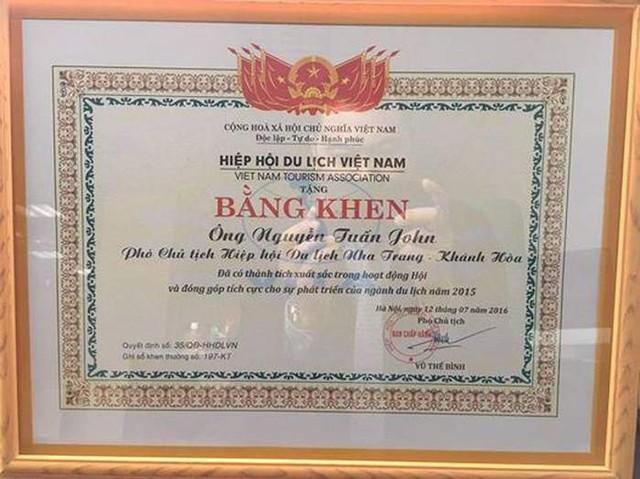 Anh còn là Phó Chủ tịch Hiệp hội Du lịch Nha Trang - Khánh Hoà.