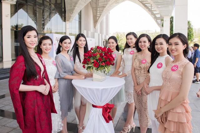 Thí sinh Hoa hậu Viêt Nam 2018 hào hứng với dự án nhân ái