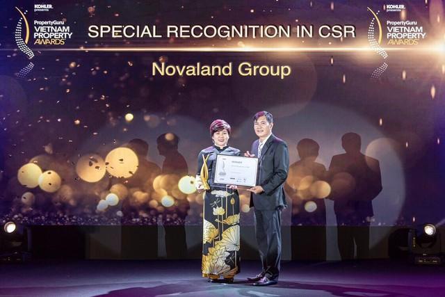 Đại diện Tập đoàn Novaland nhận giải tại lễ công bố giải thưởng Vietnam Property Award 2018