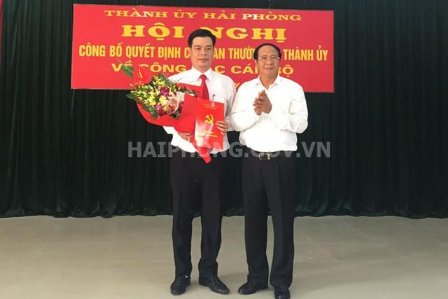 Bí thư Thành ủy Lê Văn Thành trao Quyết định cho ông Phạm Văn Thép