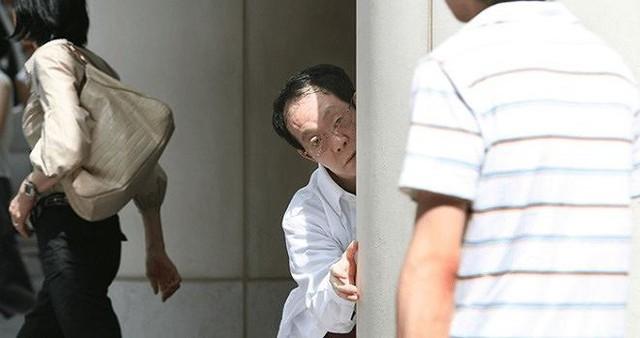 Issei Sagawa sống lang thang sau khi cha mẹ qua đời