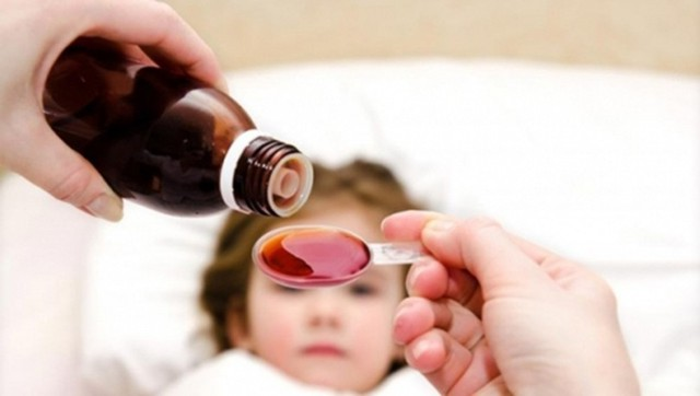 Theo các chuyên gia, nếu lạm dụng và dùng kéo dài men tiêu hóa sẽ gây tác dụng ngược, ảnh hưởng đến sự phát triển sau này của trẻ. Ảnh: TL