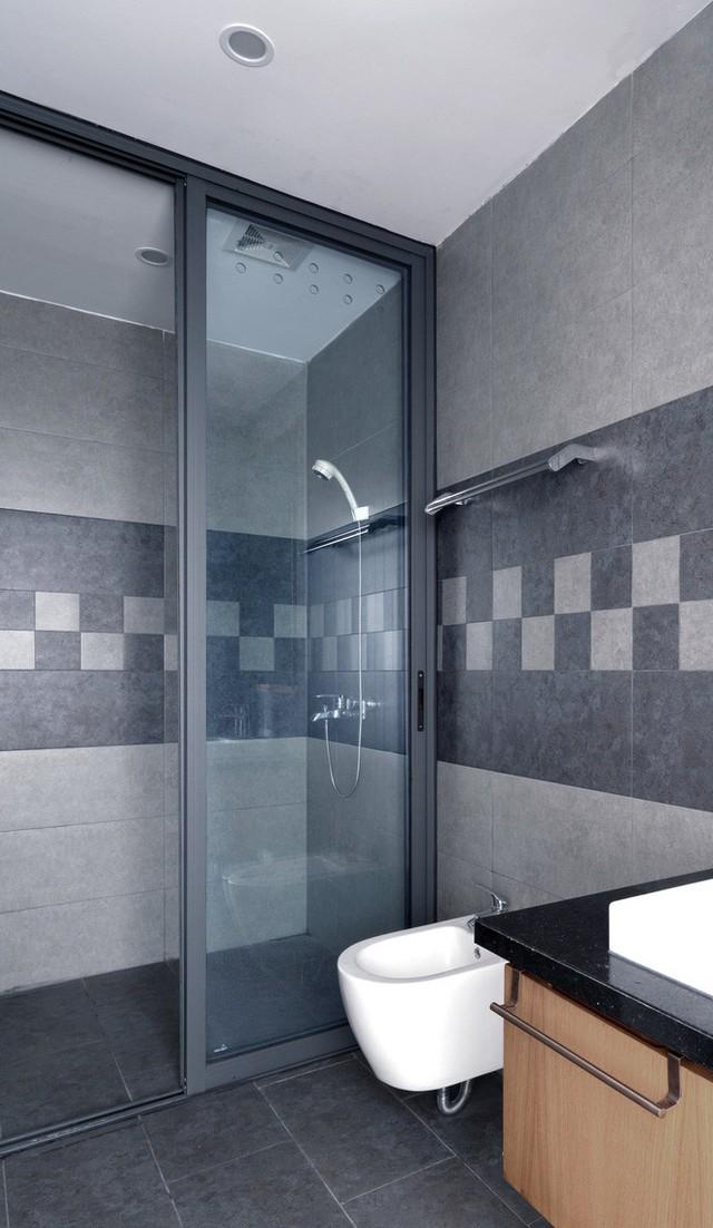Nhà vệ sinh đơn giản, sạch sẽ