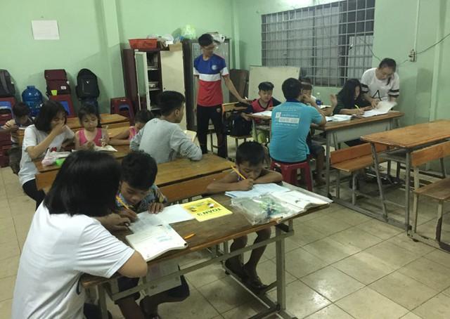 Toàn cảnh lớp học tình thương KP 5 P. Linh Trung
