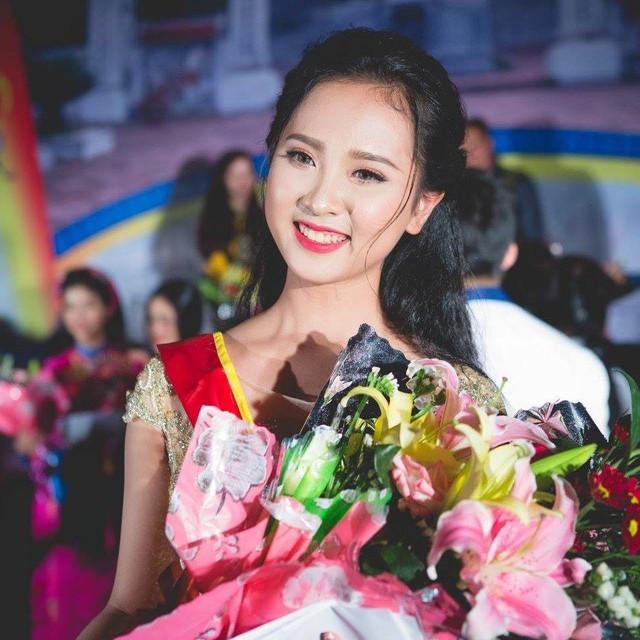 4. Ngô Thị Diệu Ngân đạt giải 3 cuộc thi ảnh online Hoa Hậu Việt Nam Toàn Cầu 2018, giải Nhất người đẹp thanh lịch huyện Diễn Châu 2017.