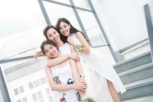 Ba chị em gái cùng tên Linh