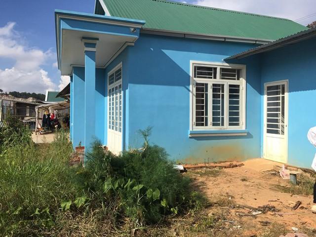 Hiện trạng căn nhà trước khi Đặng Sơn bắt tay cải tạo. Nhà rộng 70 m2, có ba phòng ngủ, 1 nhà vệ sinh.
