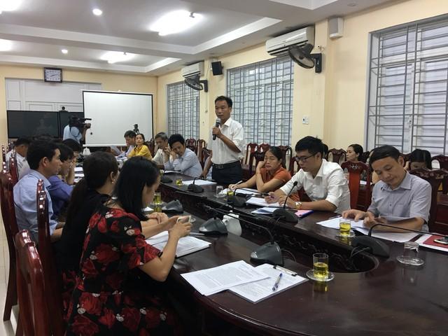 Phát biểu chia sẻ khó khăn trong công tác dân số tại Hội nghị.