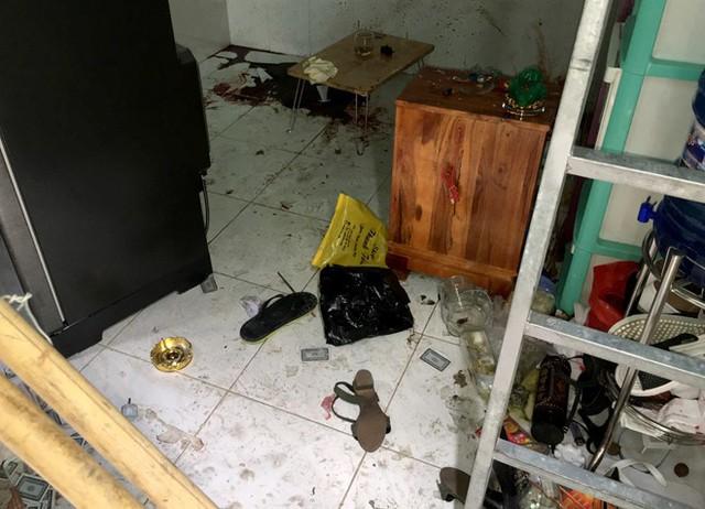Hiện trường vụ nổ súng. Ảnh: Thuận Lâm.
