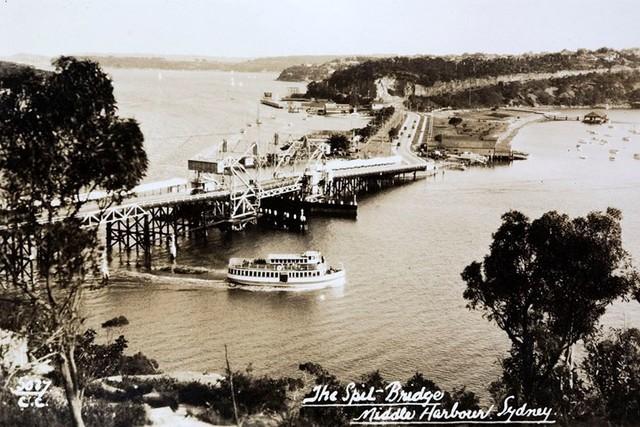Cảng Sydney những năm 1920, gần bờ biển Athol, nơi phát hiện ra chiếc vali chứa thi thể em bé xấu số.