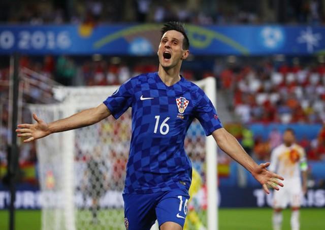 Kalinic từng là tiền đạo tài năng của Croatia.