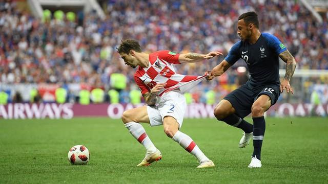 Croatia nỗ lực tấn công ở cuối trận