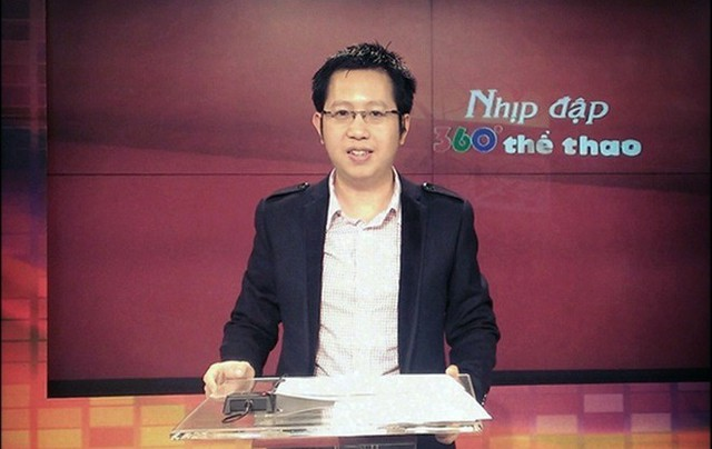 Không chỉ tại các giải đấu lớn bình luận viên Việt Khuê còn quen mặt với khán giả qua các bản tin thể thao hàng ngày.