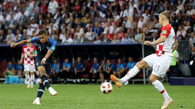 Mbappe nâng tỷ số lên 4-2 cho Pháp