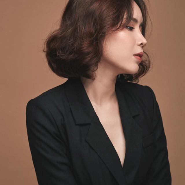 Ca sĩ Hồ Quang Hiếu, Hoa hậu Đỗ Mỹ Linh, ca sĩ Văn Mai Hương, MC Phí Linh... cùng nhiều nhân vật showbiz khác đều đã thức trắng đêm qua với những cảm xúc hậu World Cup của mình.