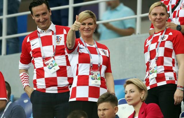 Bà Grabar-Kitarovic tới sân xem các trận đấu của Croatia tại World Cup năm nay. Ảnh: Maverick.