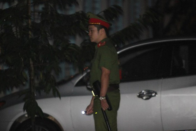 Lực lượng công an tham gia bảo vệ.