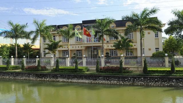 Từ tháng 1/2016 đến nay, Công ty TNHH Tân Thịnh đã trúng gần 40 gói thầu với tổng giá trị hàng trăm tỉ đồng trên địa bàn tỉnh Bắc Giang.