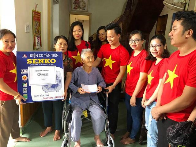 Đoàn đến thăm và tặng quà nhiều gia đình chính sách và có hoàn cảnh khó khăn