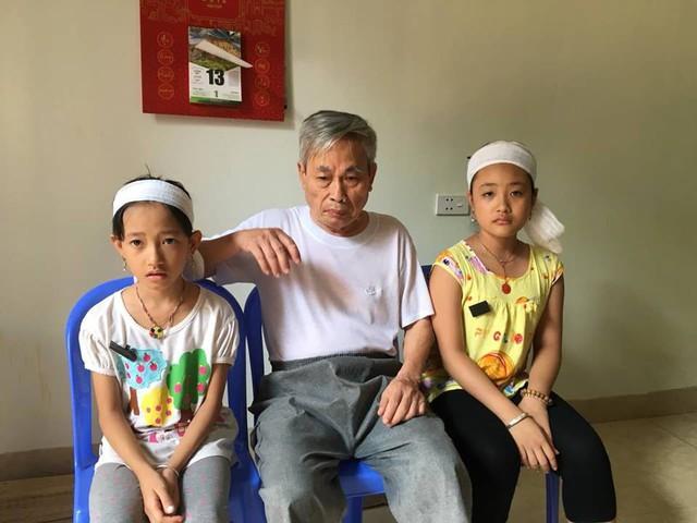 Mất bốô mẹ, giờ hai em nương nhờ vào ông nội đã gần 80 tuổi không còn sức lao động