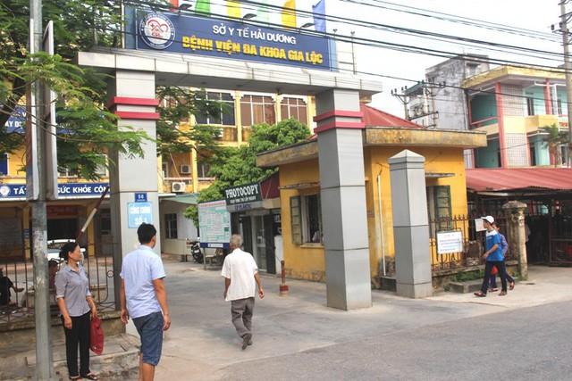 Bệnh viện Đa khoa huyện Gia Lộc, nơi 70 bệnh nhân bị ngộ độc do ăn cỗ cưới nằm điều trị. Ảnh: Đ.Tùy