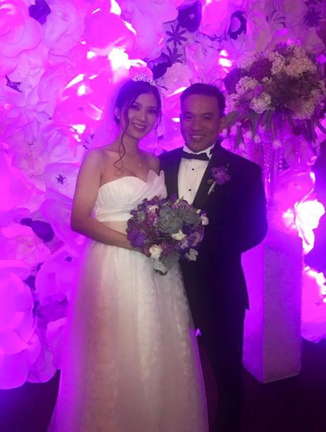 Phạm Thanh Thảo lặng lẽ kết hôn cùng chồng doanh nhân tại Mỹ.